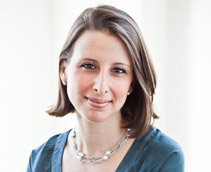 Amanda Allen of NewlyWish