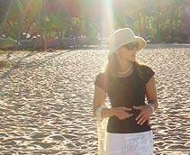 Robyn I'aea of Pacific Weddings Magazine