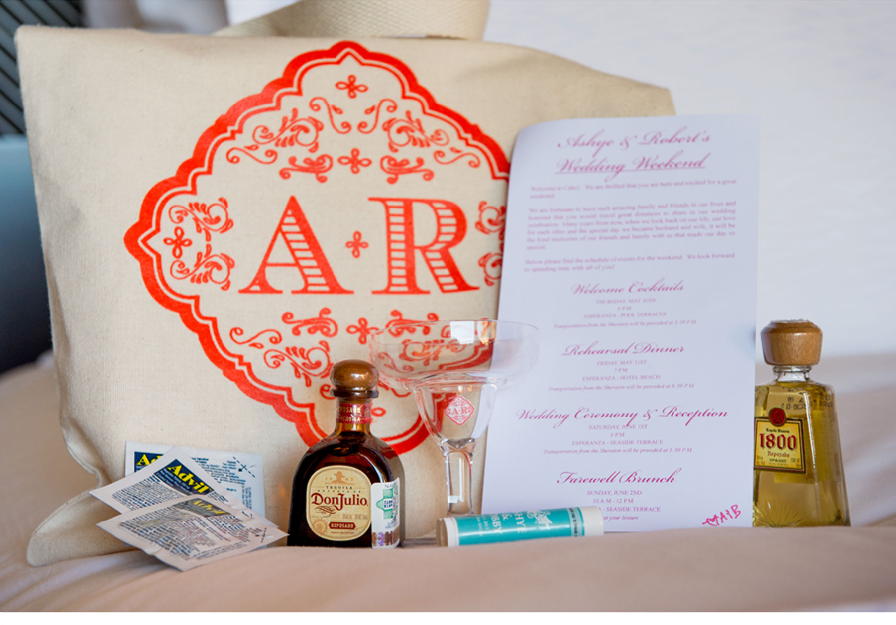 Mexico Destination Wedding Gift Bag Ideas : ... Roberts chic destination wedding in Cabo San Lucas, Mexico - wedding