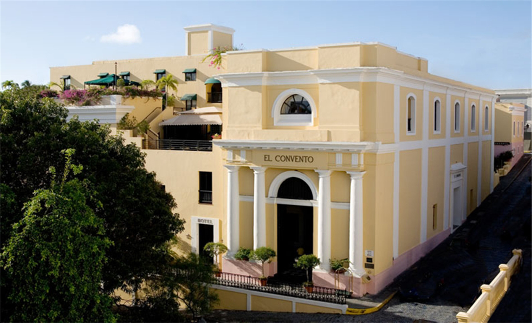 V241 great escapes hotel el convento old san juan for Great small luxury hotels